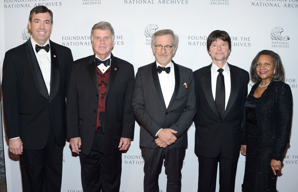 From left to right: Executive Director of the Foundation Patrick Madden, Archivist of the United States David S. Ferriero, director Steven Spielberg, filmmaker Ken Burns, and President of the Foundation's Board of Directors A'Lelia Bundles.
